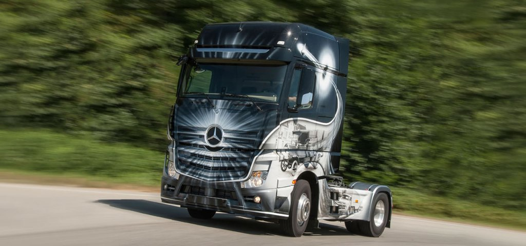 2016 model Mercedes Benz Actros ve Arocs (13)