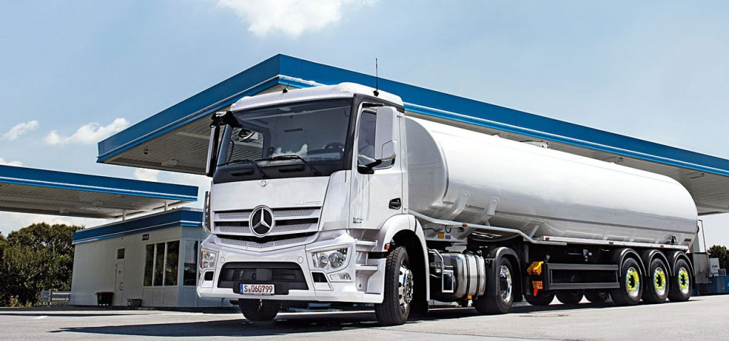 2016 model Mercedes Benz Actros ve Arocs (130)