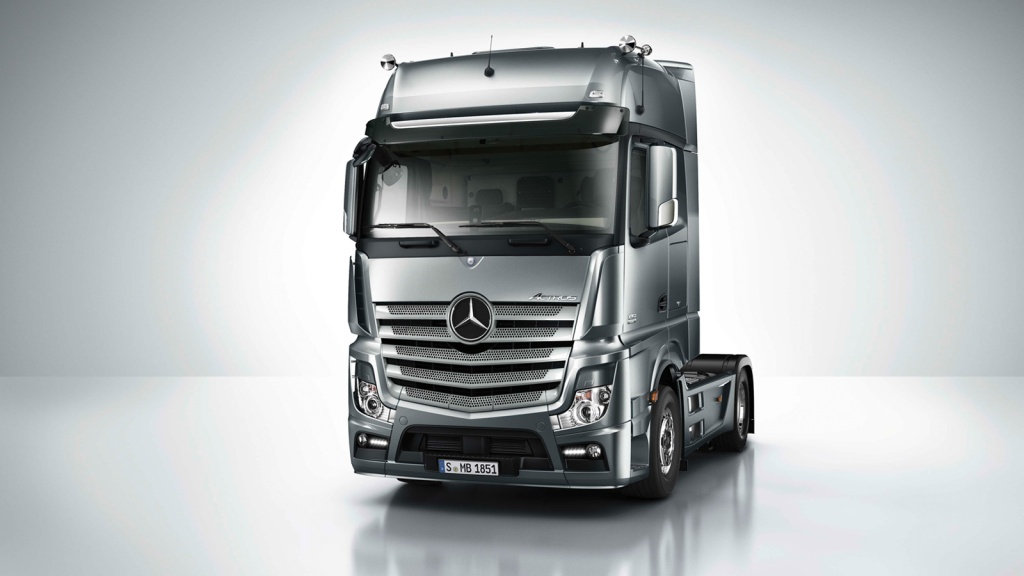 2016 model Mercedes Benz Actros ve Arocs (169)